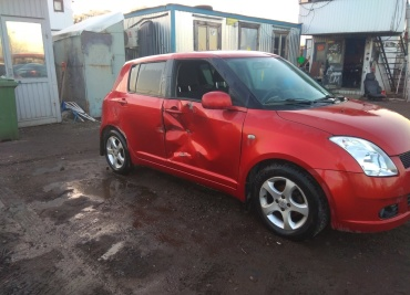 Suzuki Swift 1.3 MT
